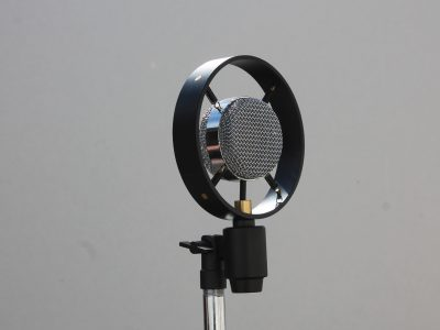 Spring reproduction with Black Ring and Chrome mic
