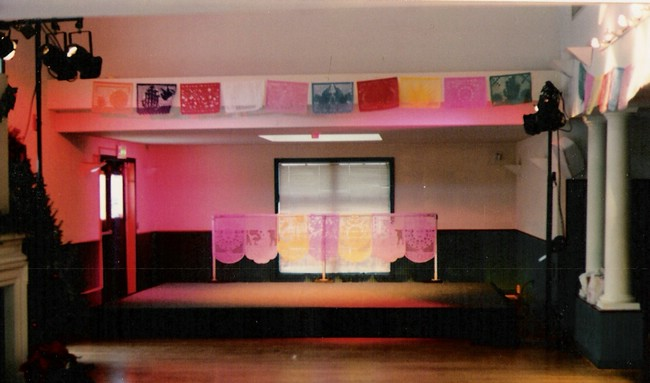 Carpeted riser stage and basic stage wash for a Quinceanera.